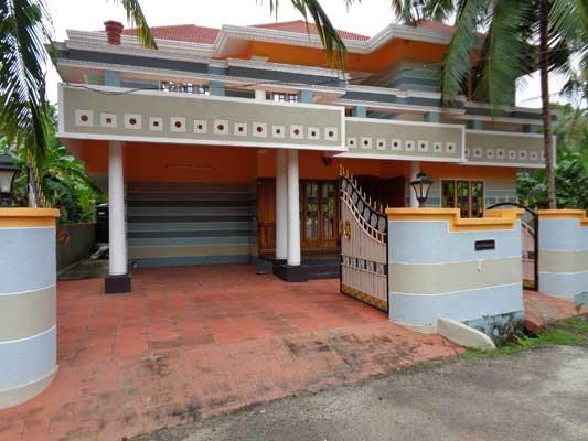 Trivandrum Real estate Used House in Peyad Puliyarakonam Road Trivandrum