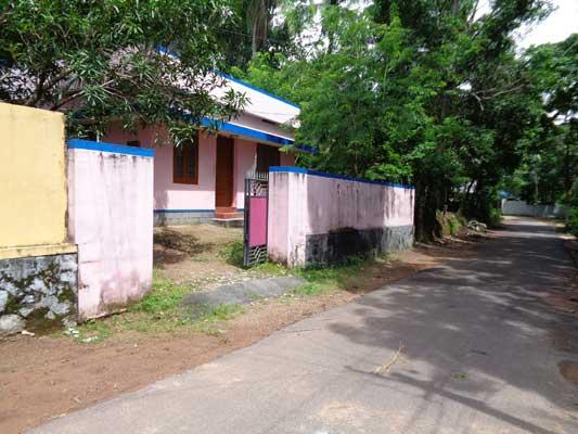 Trivandrum Mangalapuram near Thonnakkal Independent used House for sale